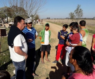 foto: Sananez recorrió terrenos donde se reubicará a familias