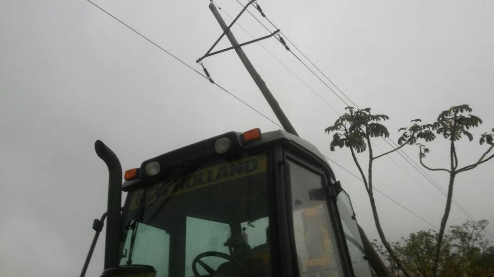 foto: DPEC normalizó la línea Itá Ibaté - Caa Catí afectada por el temporal