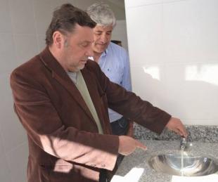 foto: Sananez inauguró nuevos baños en la Plaza Libertad