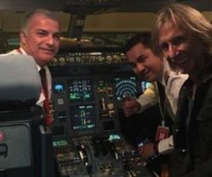 foto: La emotiva sorpresa que recibió Ricardo Gareca en pleno vuelo