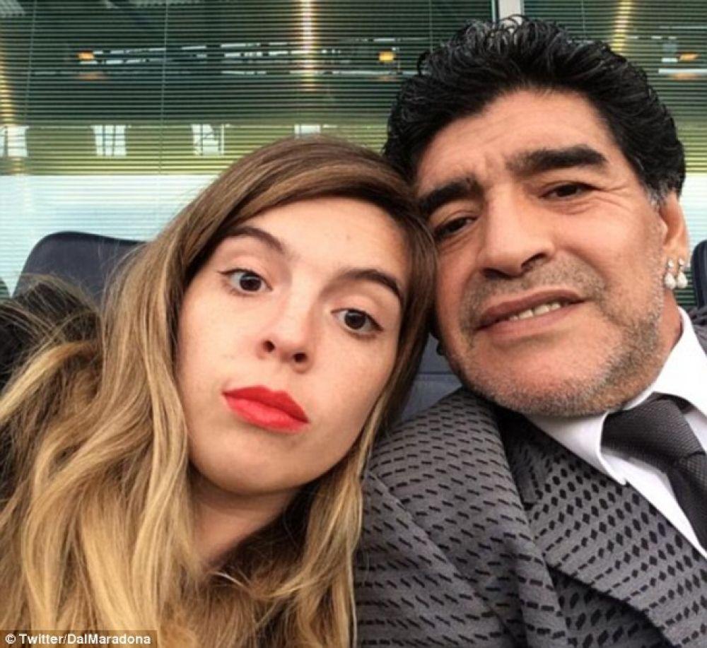 foto: Dalma Maradona descalificando sutilmente a Diego