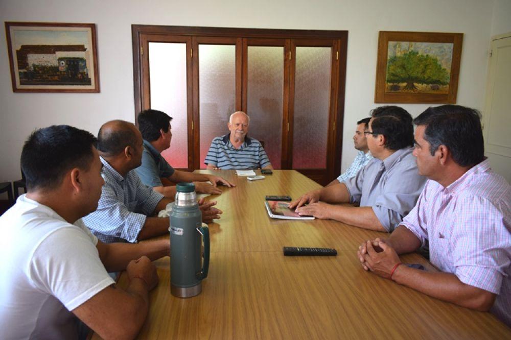 foto: Dirigentes del Club Municipal se reunieron con Osella