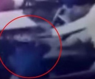 foto: Maestro molió a golpes a alumno porque demoró en tomar agua