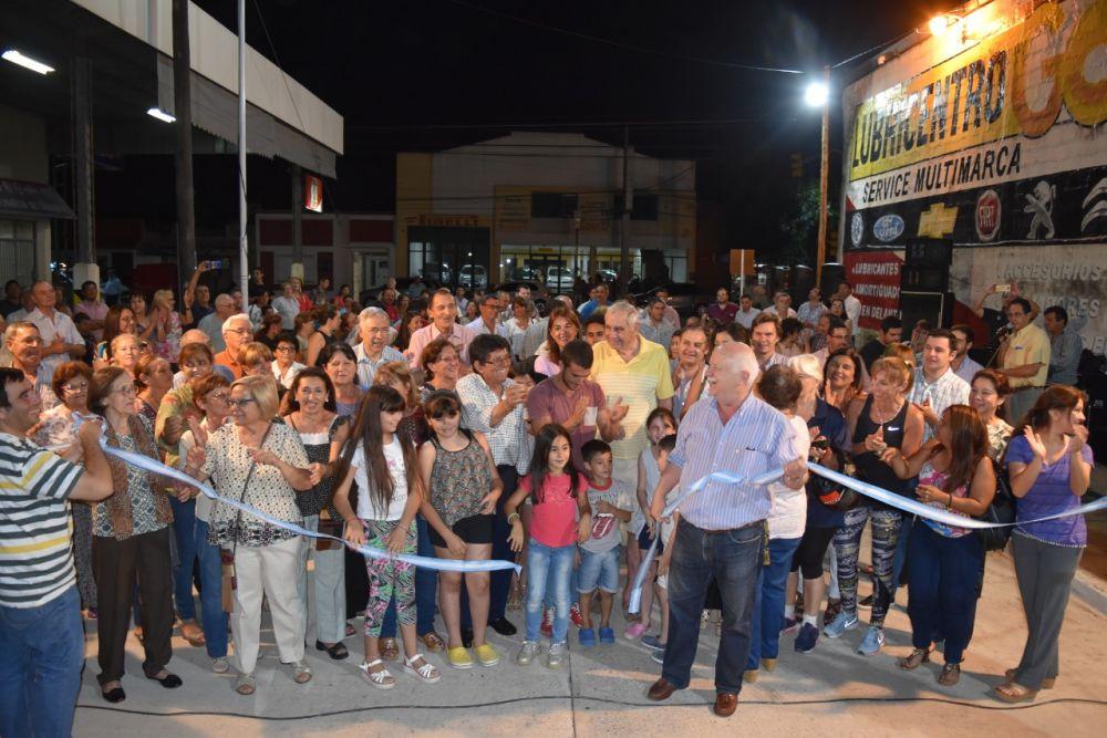foto: Osella inauguró 400 metros de pavimento de la calle Ñaembé