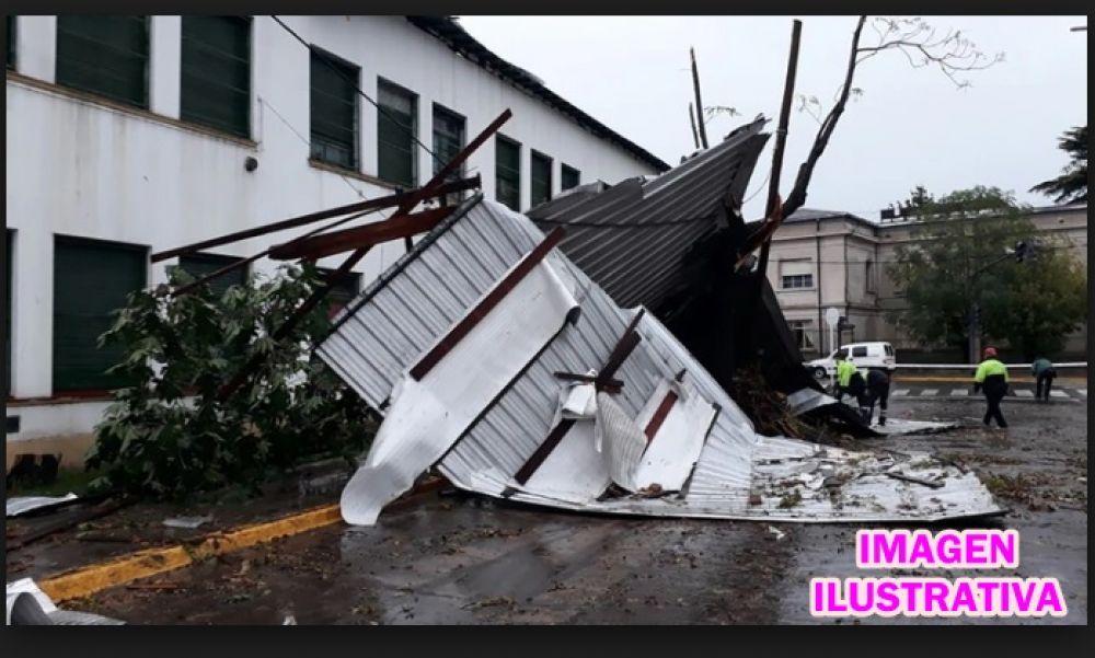 foto: Hay 55 millones para reparar escuelas afectadas por la emergencia