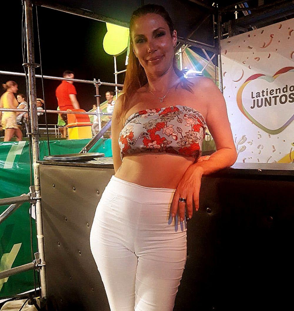foto: Una Incorrecta disfrutó de la primera noche de carnaval