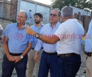foto: El intendente supervisó la obra en la Avenida Jorge Romero