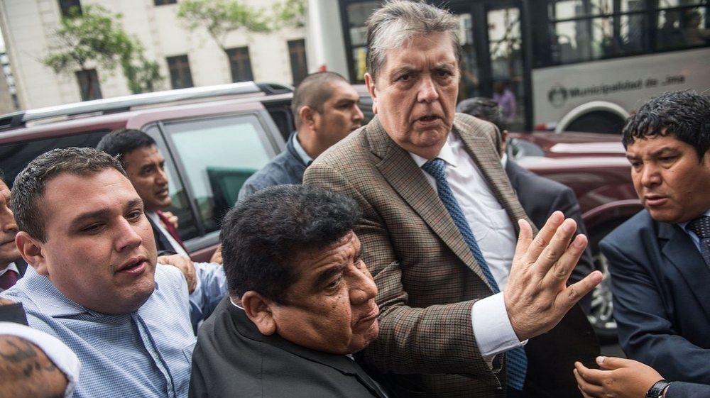 foto: Murió el ex presidente Alan García: se había disparado en la cabeza