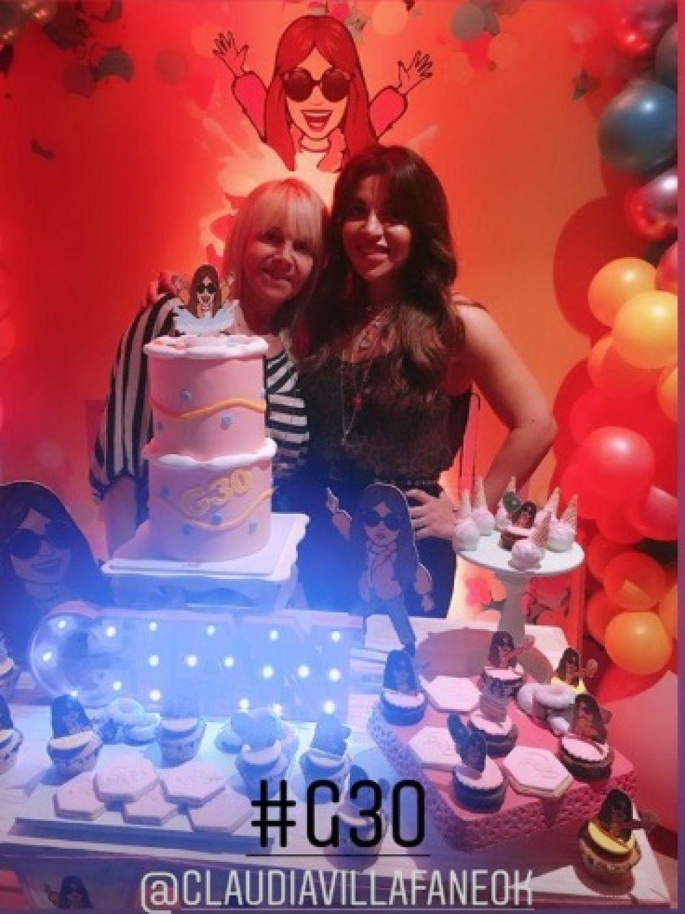 foto: La intimidad del cumpleaños de 30 de Gianinna Maradona