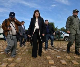 foto: Patricia Bullrich llega a Corrientes para quemar 25 toneladas de droga