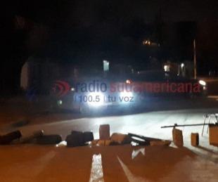 foto: Choferes no dejan salir colectivos desde el galpón de las empresas
