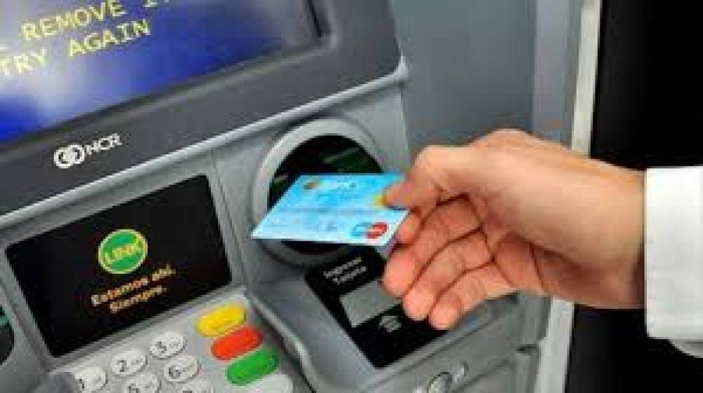 foto: Comienza el pago del adicional provincial de 5.500 pesos