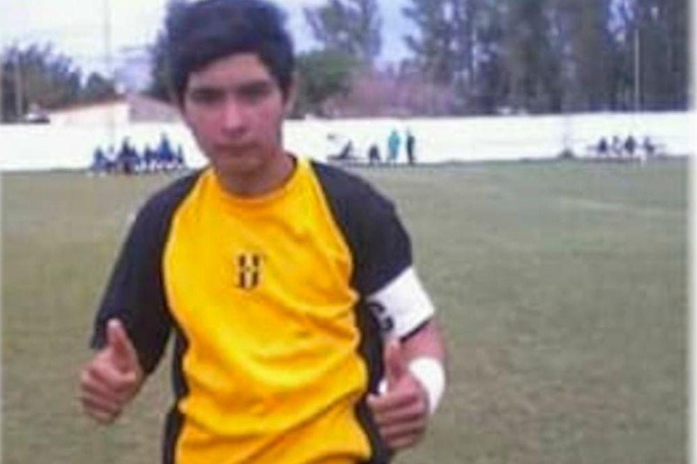 foto: Un chico de 17 años atajó un penal con el pecho y falleció