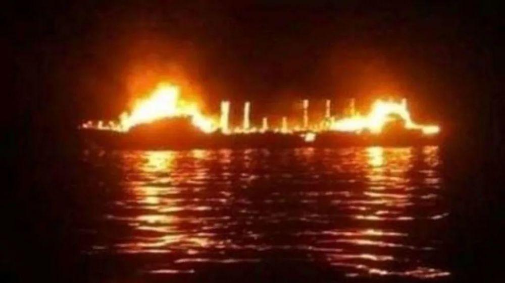 foto: Siete muertos y desaparecidos al prenderse fuego ferry en Indonesia