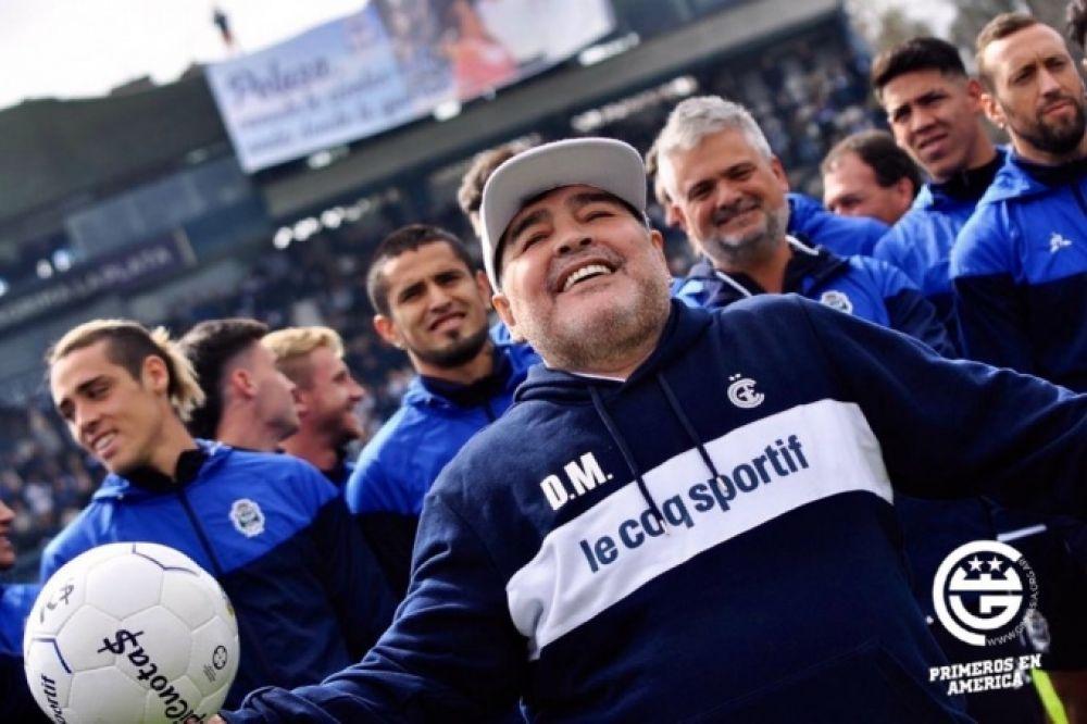 foto: Maradona en Gimnasia: Ambos se hacen bien mutuamente