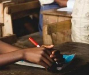 foto: Se quitó la vida porque la maestra la humilló por su menstruación