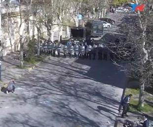 foto: Fuerte enfrentamiento entre vecinos y la policía