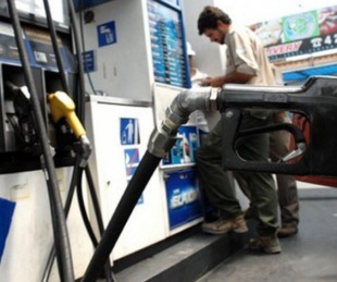 foto: Suba de combustibles: