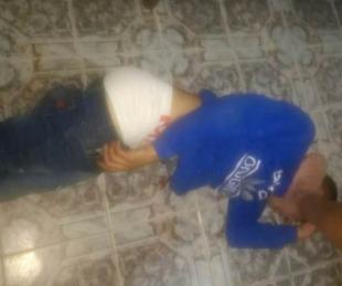 foto: Ladrón fue descubierto dentro de una vivienda y lo redujeron