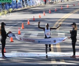 foto: El keniata Evans Kiplagat Chebet ganó la maratón de Buenos Aires