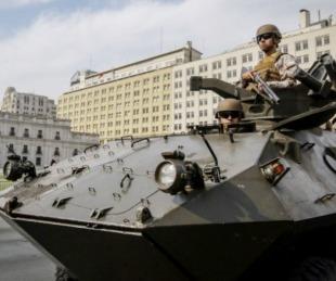 foto: Militares salieron a reprimir manifestantes en las calles de Santiago