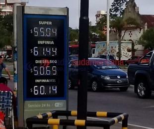 foto: Aumentaron los combustibles: YPF, Shell y Axion retocaron sus valores