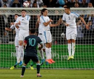 foto: Con gol de Agüero, Argentina llega al empate ante Uruguay