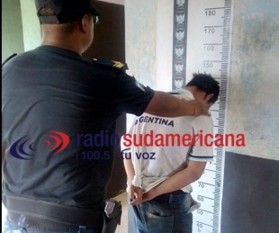 foto: Robó una moto, la llevaba a la rastra y fue detenido por la policía