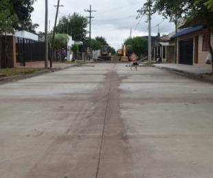 foto: Finalizó la pavimentación de otra cuadra de pavimento de calle Uruguay