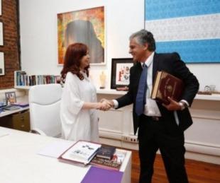 foto: Después de cuatro años y un mes, Cristina vuelve a ser presidenta