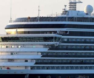 foto: Coronavirus: hay cinco argentinos en el crucero varado en Camboya