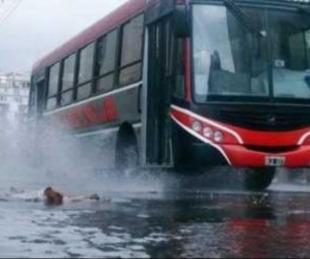 foto: Cambios en recorridos de colectivos por las intensas lluvias