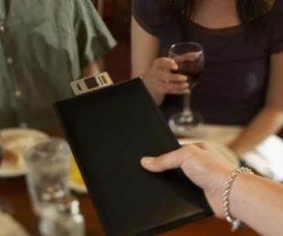 foto: Restaurante cobra un cargo extra por hacer