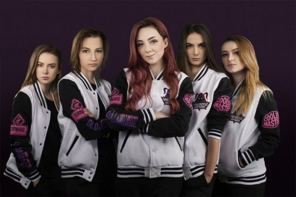 foto: Expulsaron a un equipo femenino de gamers por nivel inaceptable