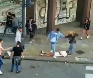 foto: Una mujer quedó inconsciente en la calle tras feroz golpiza