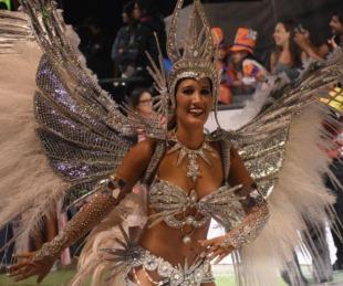 foto: Robaron el traje de una comparsera de Sapucay