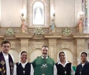 foto: Peregrinas de la India arribaron a la Basílica de Itatí