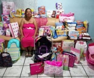 foto: Nadie llegó a su baby shower y compartió su dirección en Facebook