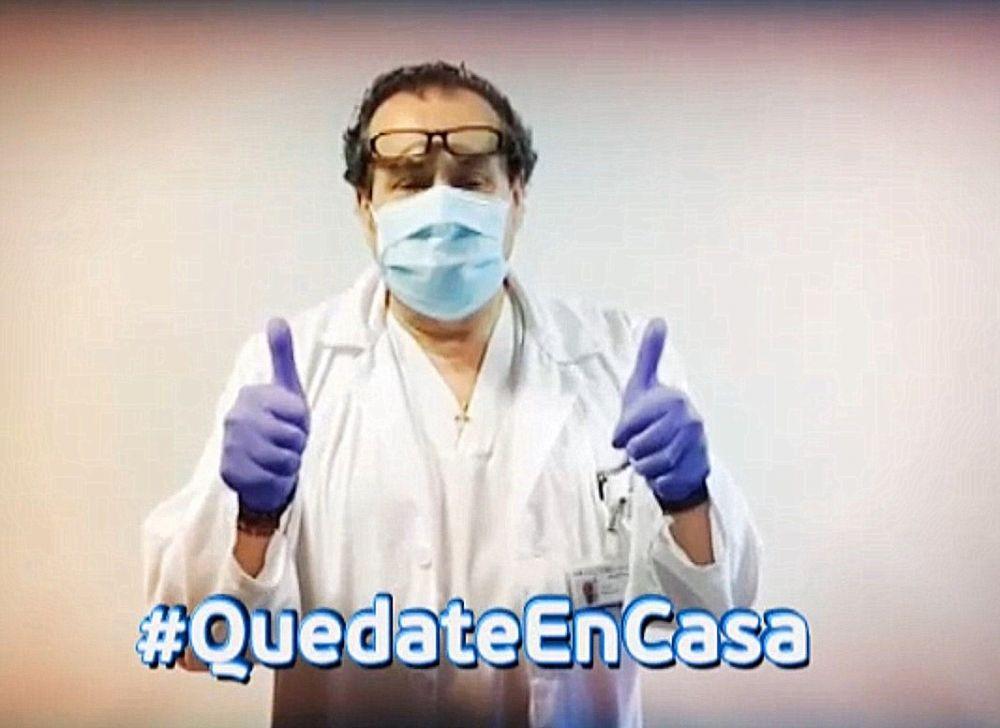 Polémico: médico no se aisló tras recibir a su hijo llegado de España