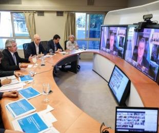foto: El Presidente y gobernadores en videoconferencia por el Covid 19