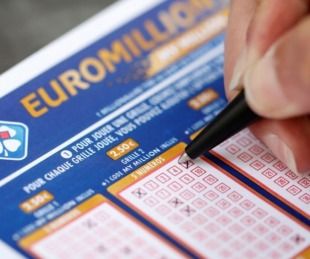 foto: Ganó la lotería y no la puede cobrar por la cuarentena