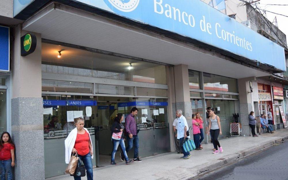 foto: Vuelven a abrir los bancos: quiénes pueden ir y cómo será la atención