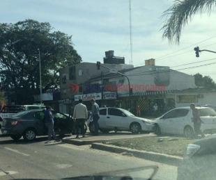 foto: Se produjo un triple choque en Av. Ferré y habría heridos