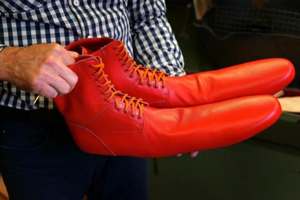 Los zapatos antivirus para cumplir con el distanciamiento