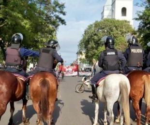 foto: En plena cuarentena, realizan masivas protestas en Resistencia