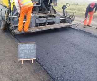 foto: Avanza la repavimentación de la Ruta 129 hacia el acceso a Monte Caseros