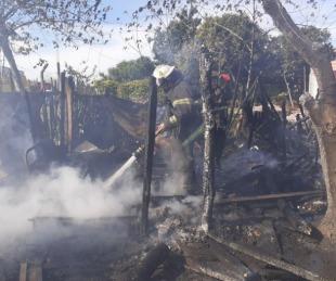 foto: Mujer de 72 años  y su hijo quedaron sin nada tras un incendio