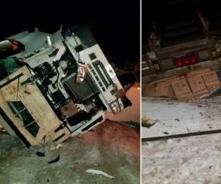 foto: Video del camionero que manejaba con una damajuana de vino y volcó