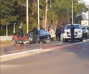 foto: Chocaron un auto y una moto por Avenida Maipú: hubo un herido