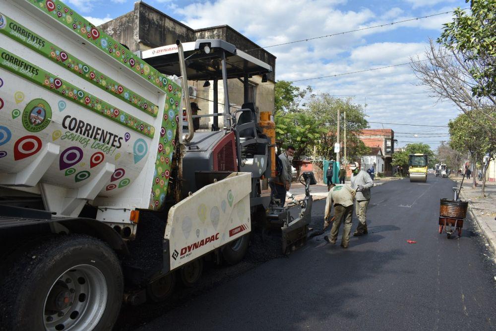 Vialidad concluye calle Roca y repavimenta plaza Libertad